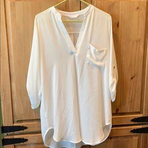 Lush off-white v-neck tunic. Size L